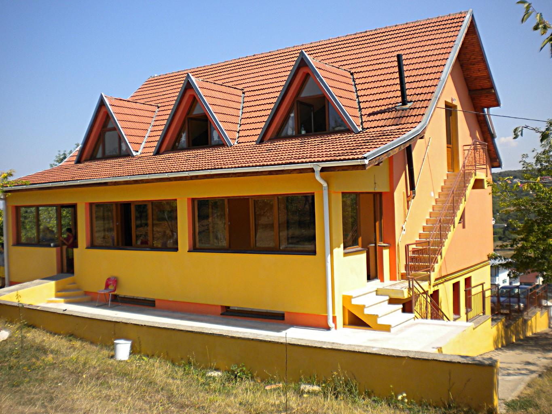 Sito web della varom onlus una casa per sempre for Sito per progettare casa